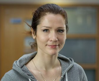 Dr Anne Leonard