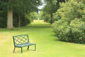 Outdoor space and dementia: A systematic review