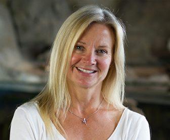 Dr Deborah Cracknell
