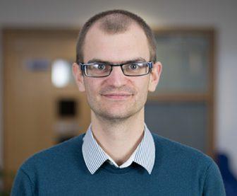 Dr Lewis Elliott