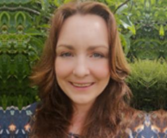 Dr Leanne Martin